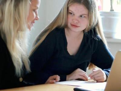 Maja fik hjælp til sin eksamen